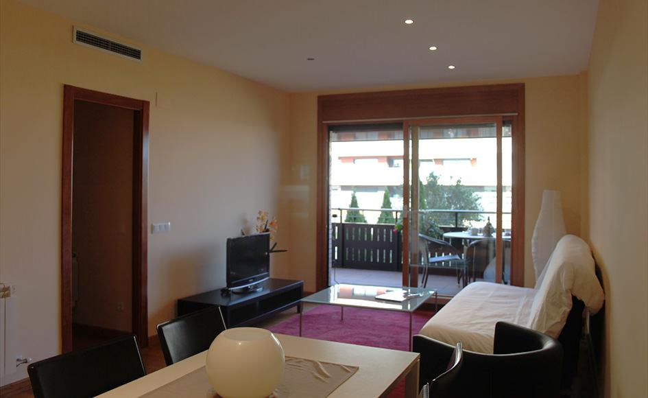 Pisos de 3 habitaciones en conjunto residencial con jard n for Pisos en vilassar de mar