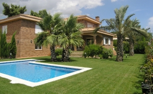 Chalet at five minutes to the beach in Sant Pol de Mar (Costa Barcelona-Maresme)