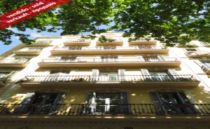 Apartment of 110 sq m with 5 rooms in Av. Gran Vía (Sant Antoni, Barcelona)
