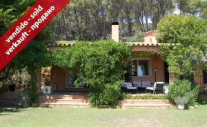 Chalet with marvelous sea views in Aiguablava-Begur (Costa Brava, Girona)