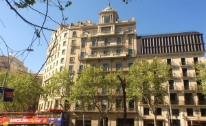 Luxury apartment in Paseo de Gracia in front of la Pedrera (Eixample, Barcelona)