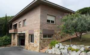 Magnificent house of 385 sq m with 4 bedrooms in Cabrils (Costa Barcelona-Maresme)