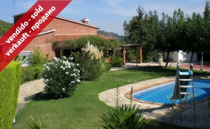 Detatched House with garden and pool in Can Armengol (Corbera Llobregat, Barcelona)